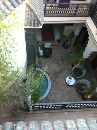 Riad Ambre et Epices : The Riad grounds