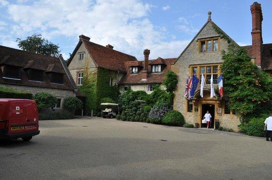 Belmond Le Manoir aux Quat'Saisons : Main house front