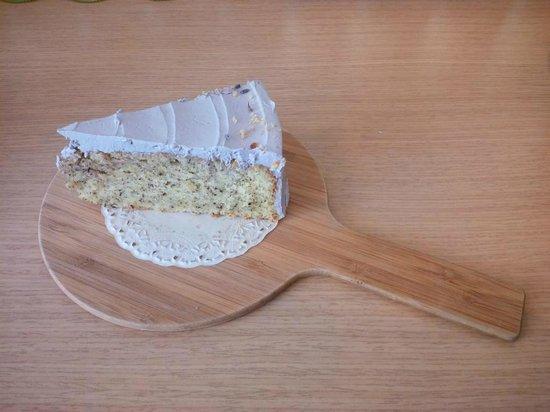 Wonderland Earl Grey Lavender Cake