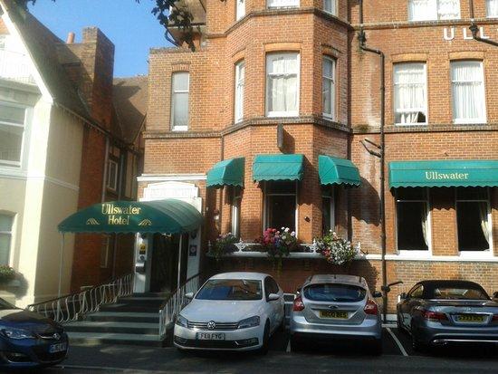 Ullswater Hotel: Hotel Main Access