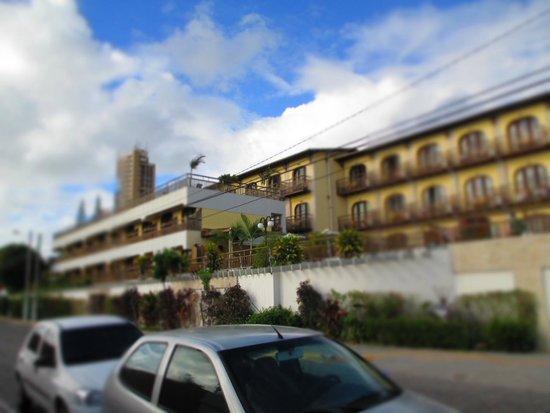 Hotel Bello Mare Comfort: Ponta do Sol Praia Hotel.