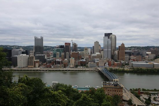 Monongahela Incline: Great panoramic view from the balcony