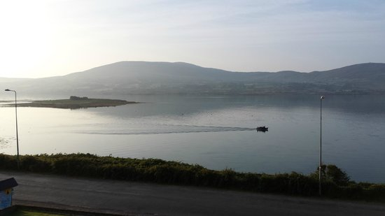 Sea Breeze Bed & Breakfast : Bere Island view from room