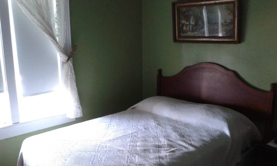 Surf Hotel Block Island Double Bed Room 38