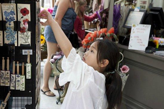 La Capucine -  Giverny: La Boutique des artistes