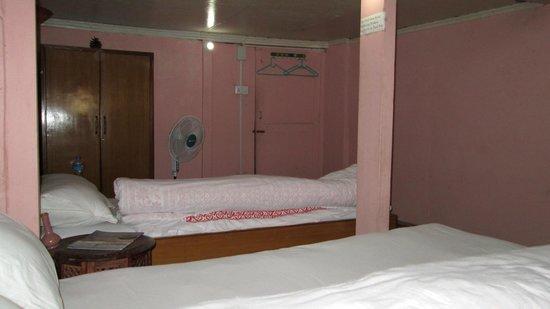 นยาตาโปลา เกสท์เฮาส์: Room
