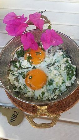 1882 Butik Otel: sahanda yumurtamız :)