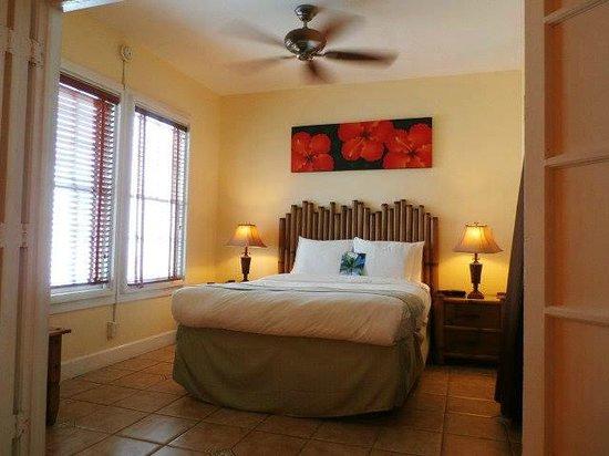 Douglas House: Bedroom