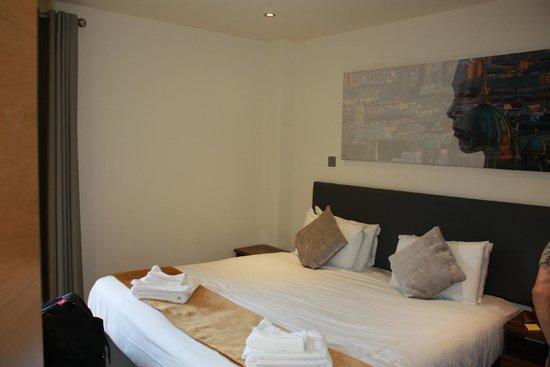 Staycity Aparthotels West End: Master Bedroom