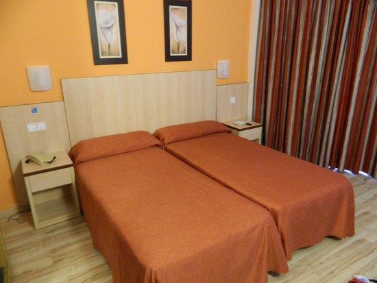 MedPlaya Hotel Regente : bedroom
