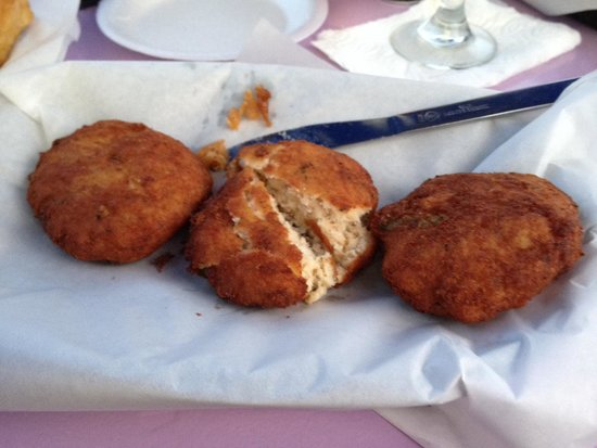 Dockside Dave's : Grouper fritters