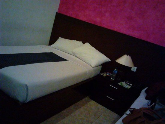 Puri Sading Hotel: Nice and clean. Comfy bed!!