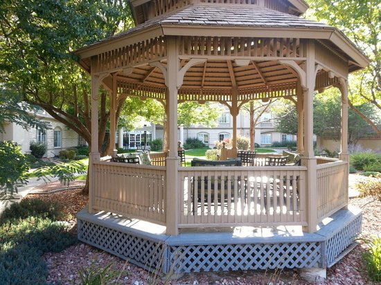 La Quinta Inn & Suites Denver Airport DIA: Les jardins