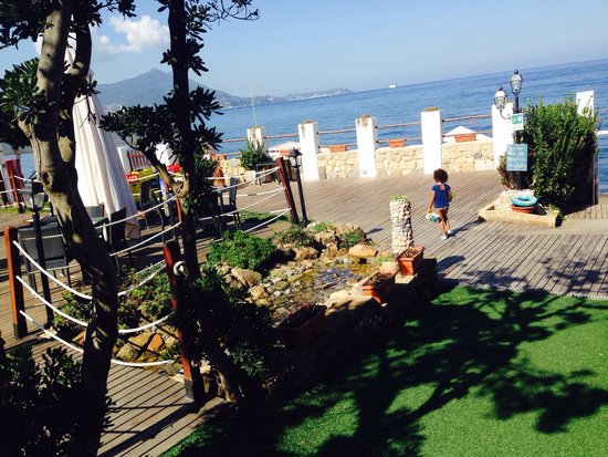 Paco Beach Sunset Bar