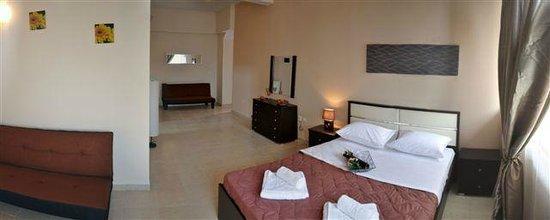 Метаморфоси, Греция: Family 2 Bedrooms - Main Bedroom