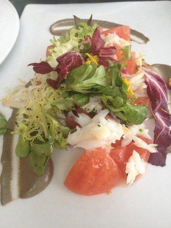 Restaurante Ni Neu : Dados de tomate, láminas de bacalao y salsa tapenade