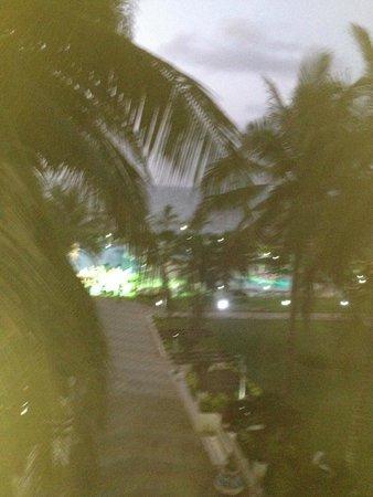 King Fahd Palace: vue nocturne de mon balcon