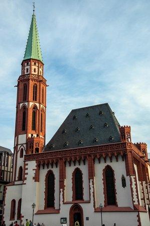 Alte Nikolaikirche: Small but Photographic