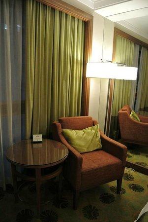 Holiday Inn Golden Mile : premier room 2
