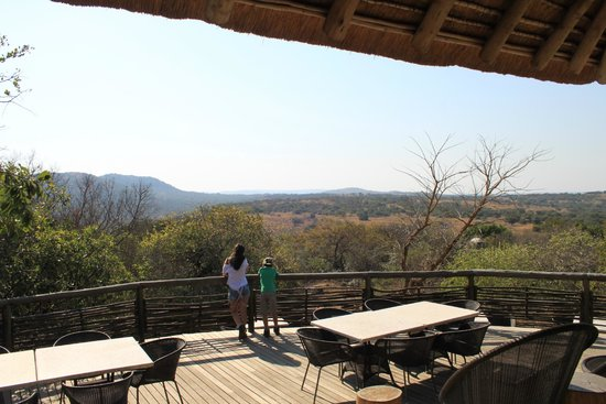 andBeyond Phinda Mountain Lodge: Spectacular view from the Lodge