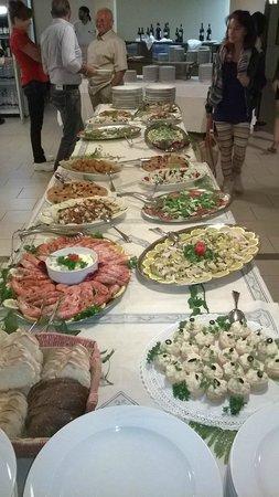 Hotel Residence Isola Verde : Serata a buffet
