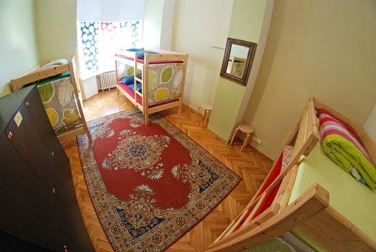 The Monk's Bunk Kaunas: 6 Bed dorm