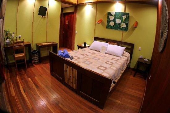 Hotel Banana Azul: Our room