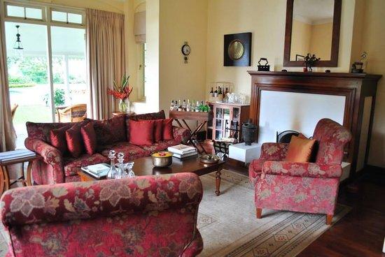 Ceylon Tea Trails: The lounge area