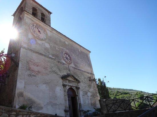 Chiesa di Santo Stefano - Mummie di Ferentillo: Facciata della Chiesa di Santo Stefano
