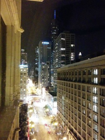 The Alise Chicago A Staypinele Hotel State Street View North