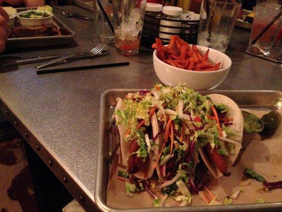 Hyatt Regency Lost Pines Resort and Spa : Fish Tacos and Sweet Potato Fries