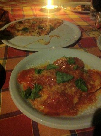 Il Ristoro degli Dei: Real pizza and homemade ravioli