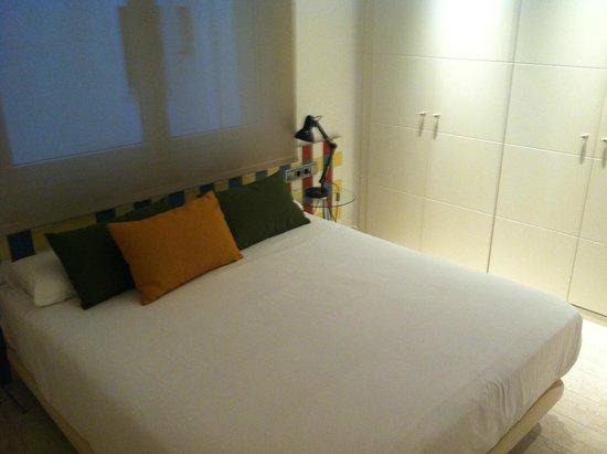 Eric Vokel Boutique Apartments - Gran Via Suites: Bedroom in two-bedroom suite