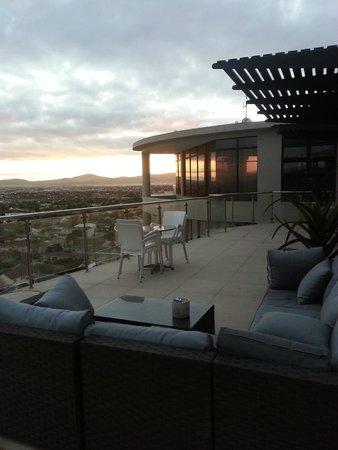 Aquarius Luxury Suites : one of the outdoor balconies