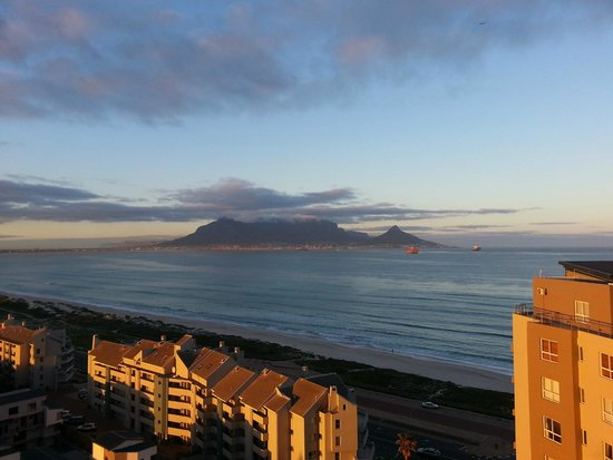 Aquarius Luxury Suites: Stunning views of Table Mountain
