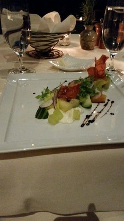 The Lakehouse Restaurant at Calistoga Ranch: Summer Fields salad