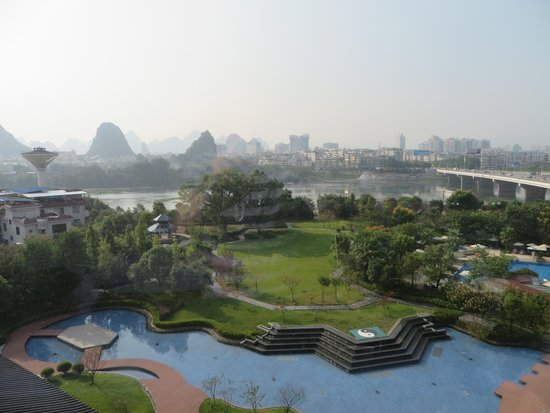 Shangri-La Hotel Guilin: View from room