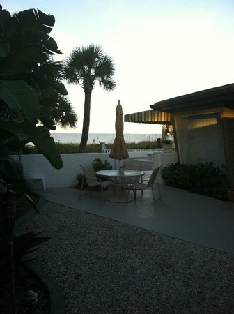 The Beachcomber : View from patio
