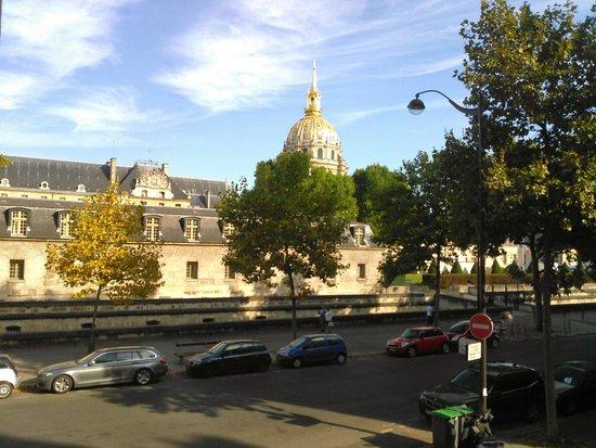 Hotel de l'Empereur: View out the window