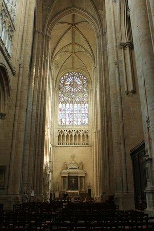Cathédrale de Saint-Julien de Mans : The Cathedral Interior