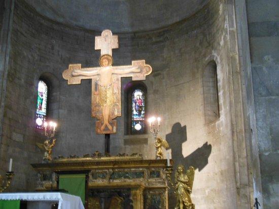 San Michele in Foro: Crocifisso su altare