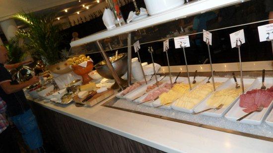 Arcotel Wimberger Hotel: petit déjeuner