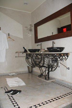 Bellamane, Ryad & Spa: Une salle de bain vraiment pour deux