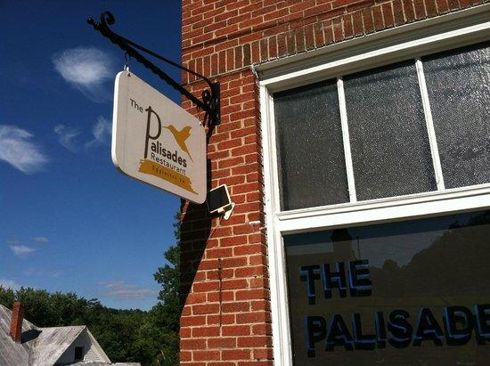 The Palisades Restaurant: Palisades Restaurant