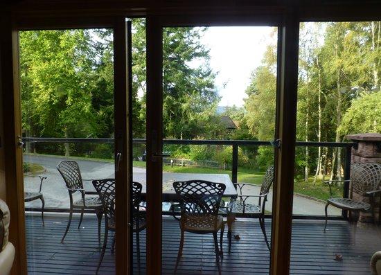 Hilton Grand Vacations Club at Craigendarroch Lodges: Great balconys with plenty of birdlife!