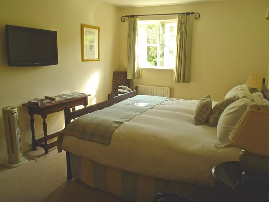 The Bell at Skenfrith: No 2 - Bedroom