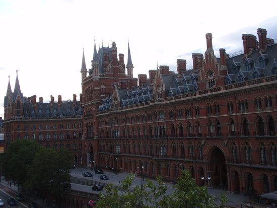 Hotel Megaro: View from room of St Pancras