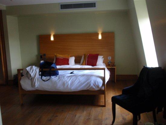 Hotel Megaro: Comfortable and quiet at night