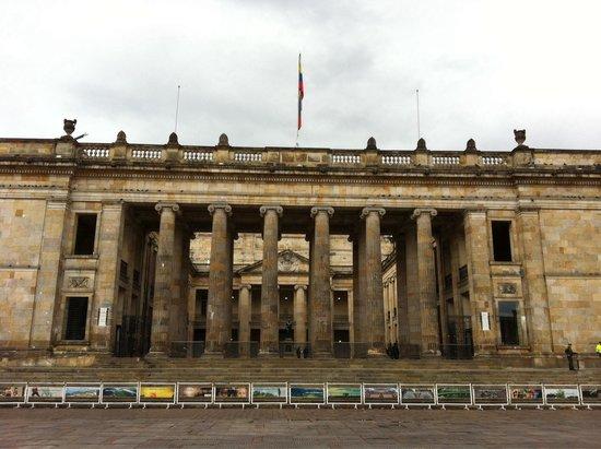 Capitolio Nacional : Sunday morning
