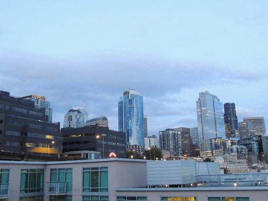 Seattle Marriott Waterfront : City side
